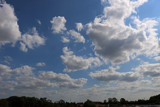 wolken himmel blau